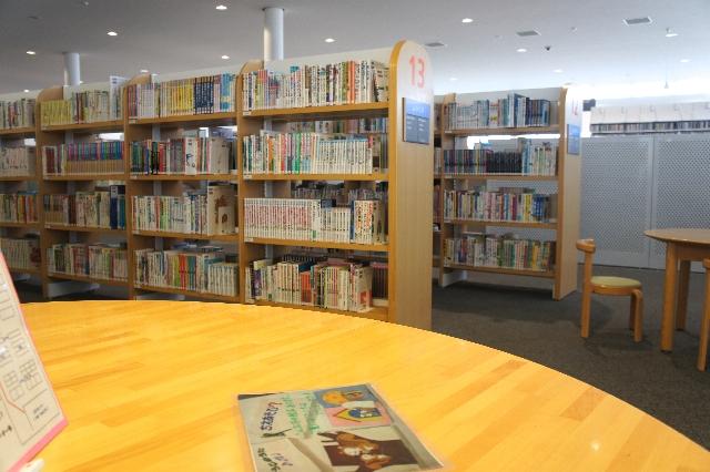 図書館イメージ写真
