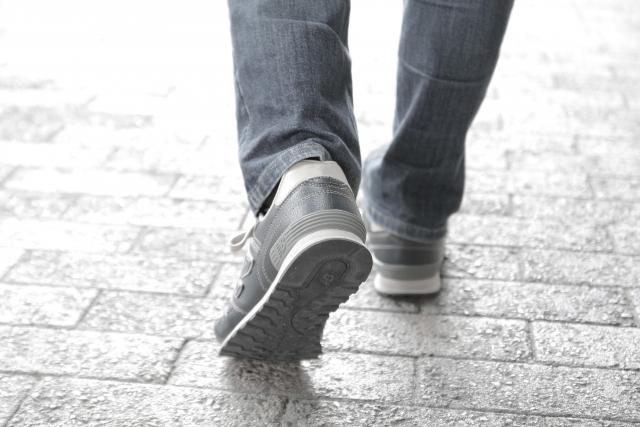 歩くイメージ
