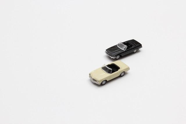 2台の車イメージ
