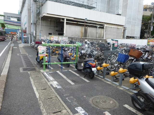民間の駐輪場