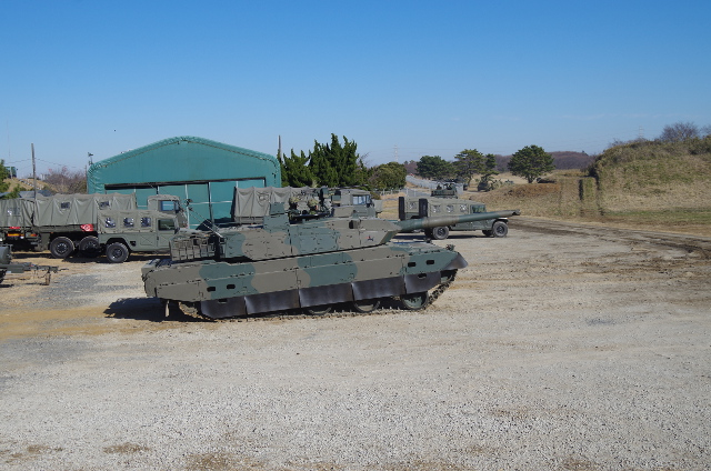 後ろを下げた戦車