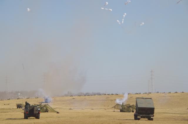 ミサイルを打つ専門の車両?