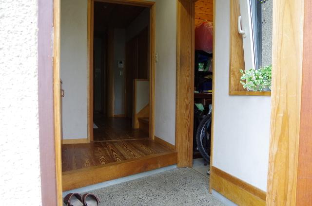 玄関脇小部屋