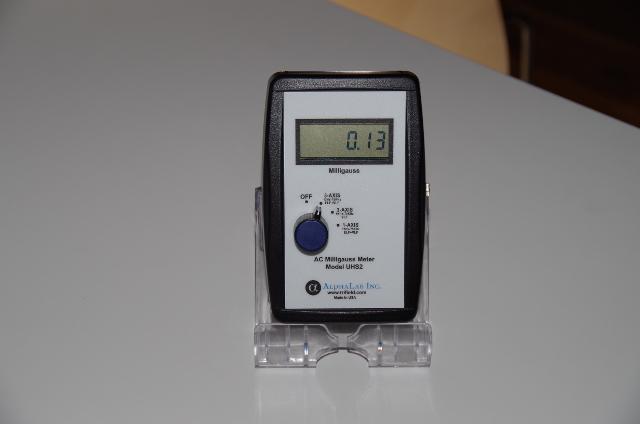 磁場測定器