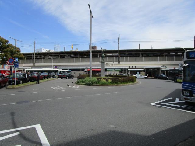 稲毛駅西口のロータリー
