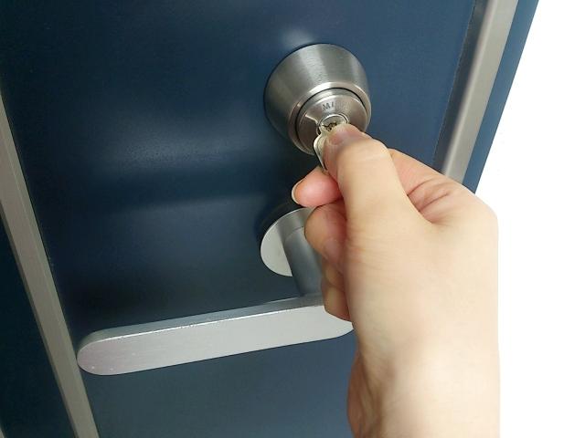 鍵をかける